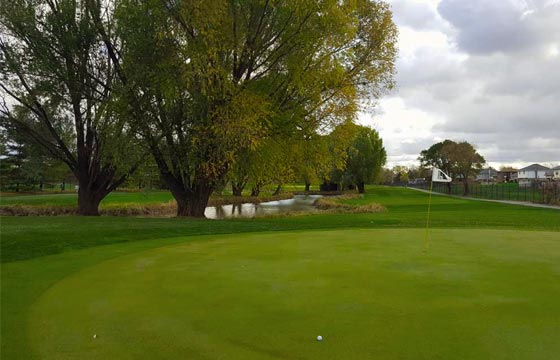 Square Links Golf Course